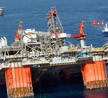 Thunder Horse oil platform sinking July 2005
